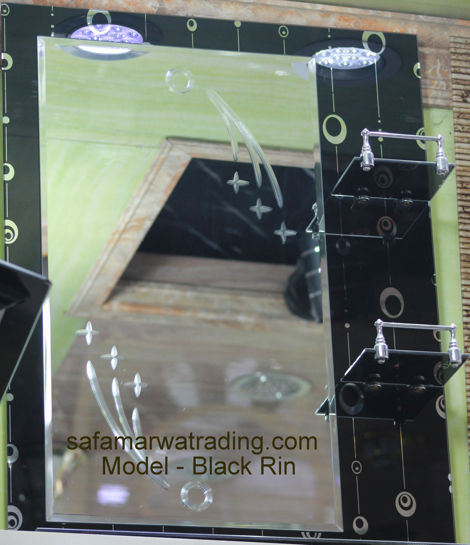 Frame Mirror - Black Rin